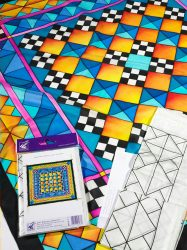 Selyemkendő |  90x90cm | Előkontúrozott fekete | Mosaique| P8 | IDEEN 46063